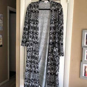 LuLaRoe Sarah - size medium - stretchy fabric